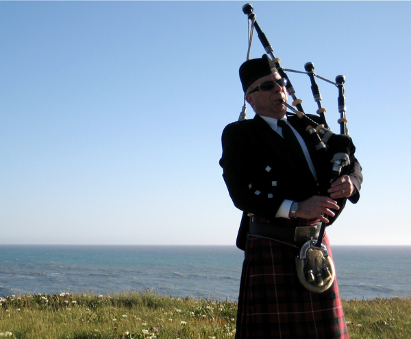 harvey-the-bagpiper5