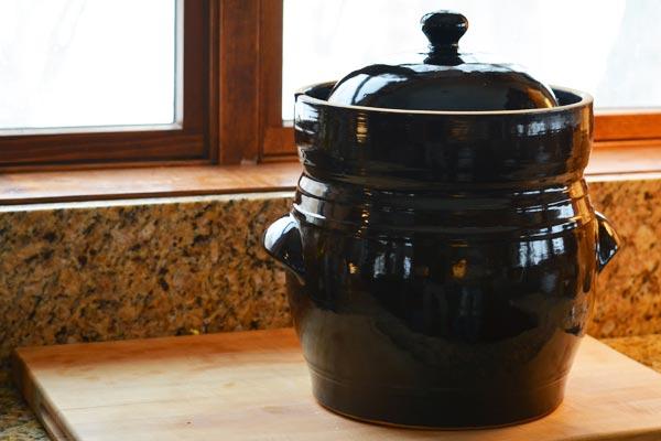 sauerkraut-crock