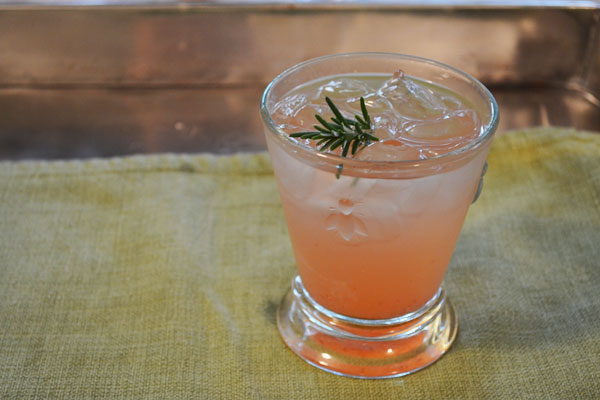Strawberry Rosemary Shrub | rickandkathy.com